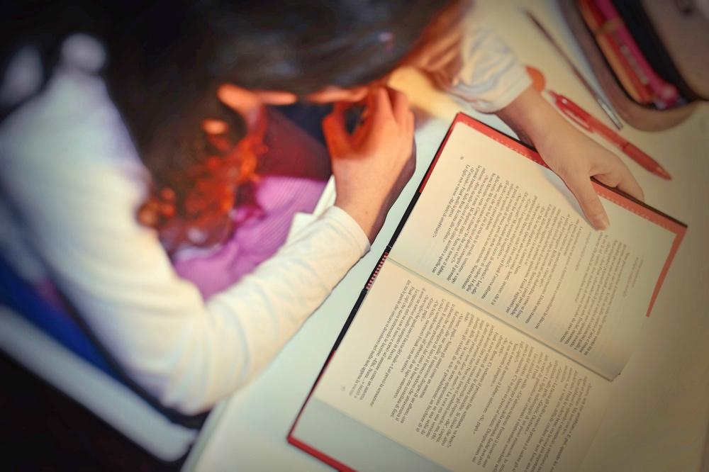 Sfide della lettura e costo del digitale